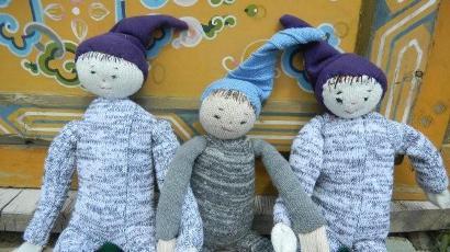 ありもので作った人形たち