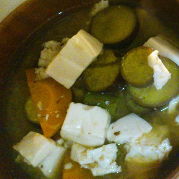 根菜類の味噌汁